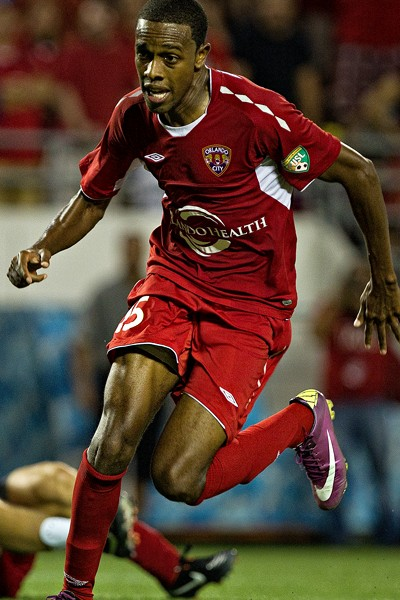 ssp-soccer-dennis-chin
