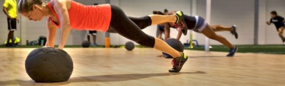 Fitness Training: Customized or Group Exercise?